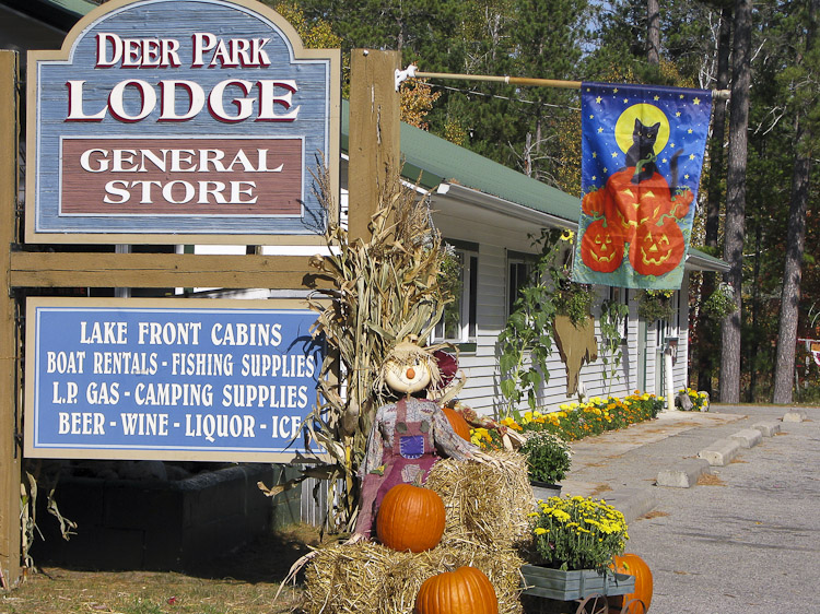 Deerparklodge_fall_2011-4
